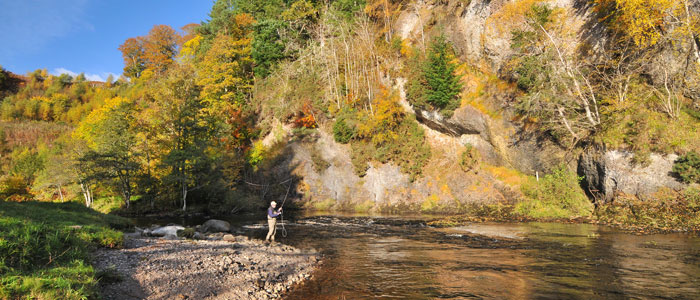 Salmon Fishing on the Novar Fishings, River Alness or River Averon, Ross-shire – Raven's Rock